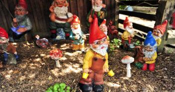 Dekofiguren fuer den Garten: Zwerge die den Garten bunt machen