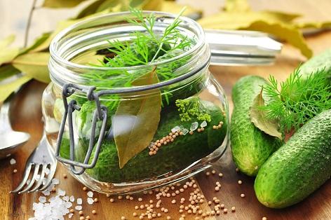 Gemüse einkochen: Geht wunderbar auch im Backofen.