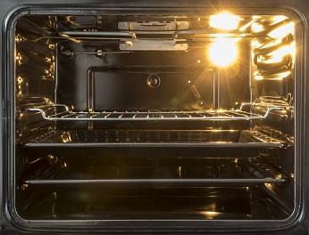 Wenn man sich nicht extra einen Einkochtopf anschaffen möchte, kann man auch super in der Backröhre einkochen