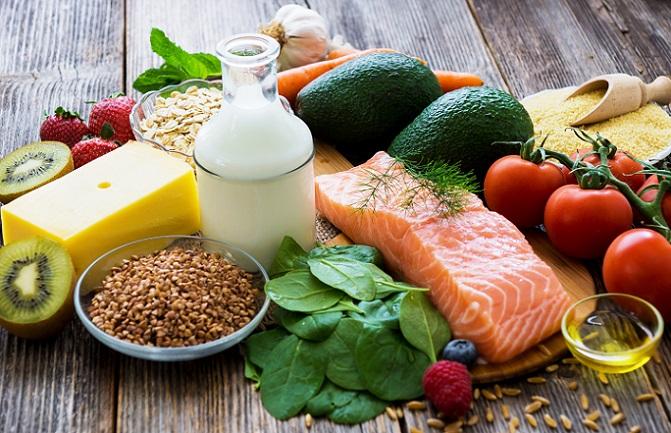 Menschen einer bestimmten Blutgruppe werden bei dieser Diät einer vergangenen Lebensform zugeordnet. Aus dieser wiederum leiten sich erlaubte, neutrale und vermeidbare Lebensmittel ab. Das soll deshalb einen Vorteil bringen, weil hier auf die ursprünglichen Lebensweisen eingegangen wird. (#01)