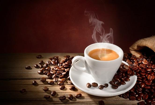Der zweite wichtige Aspekt beim Latte Macchiato ist der Espresso. Hier beginnt die Qualität schon bei der Auswahl der Bohnen. (#03)