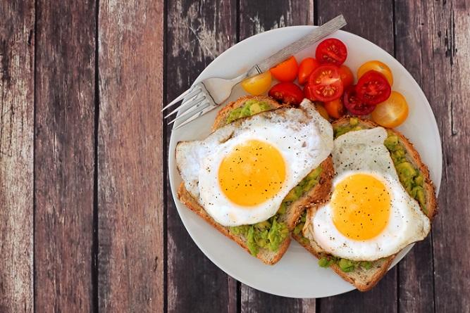 Wie gesund ist eine so einseitige Ernährungsweise und welche Erfolge lassen sich mit dieser Diät eigentlich erzielen? Der Erfolg der Eierdiät, hängt natürlich, wie der Erfolg jeder Diät, von vielen individuellen Faktoren ab. (#03)