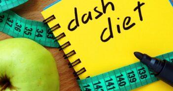 Dash Diät: Tagesplan, Rezepte und Regeln