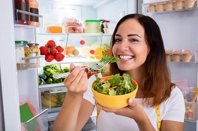 Salat ist auch ein gern gegessenes Lebensmittel bei einer Diät (#02)