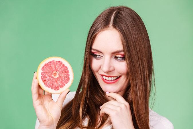 Wer eine halbe Grapefruit vor jeder Mahlzeit isst, nimmt in drei Monaten bis zu zwei Kilogramm ab – einfach so (#03)