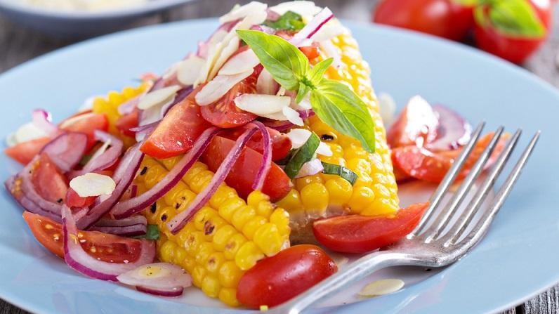 Leckere Sommersalate sind dabei auch gerade für die Personen toll, die gerne regional einkaufen. (#05)