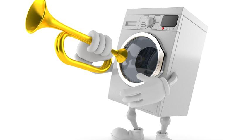 Eine Waschmaschine im Schleudergang verursacht Lärm, der besonders dann ins Gewicht fällt, wenn die Waschmaschine in der Küche oder generell in der Wohnung und nicht in einem separaten Kellerraum aufgestellt wird. Über den Lärmpegel informiert ebenfalls das Energielabel, sodass sich die unterschiedlichen Modelle gut vergleichen lassen.