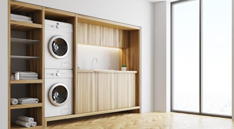 Wenn ein Wäschetrockner auf die Waschmaschine gestellt werden soll, kommt nur ein Frontlader infrage.