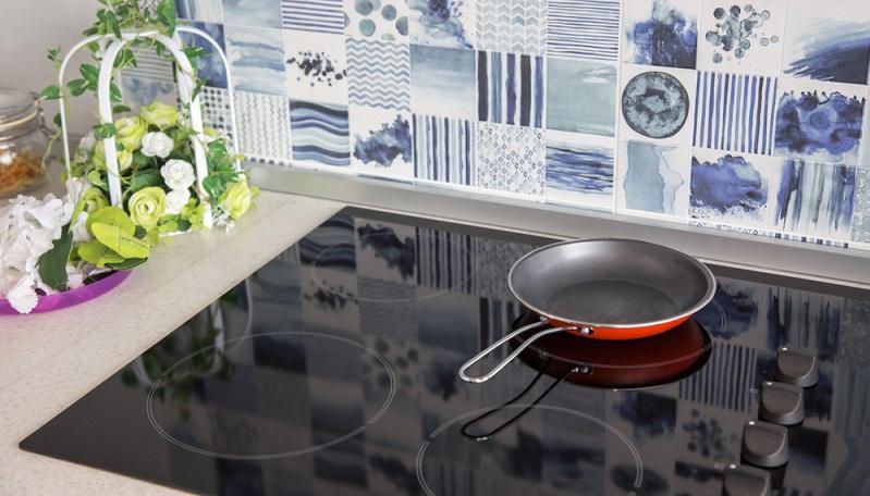 Ceranfeld reinigen: Blitzeblank ist das Cerankochfeld ein Schmuckstück in jeder Küche.