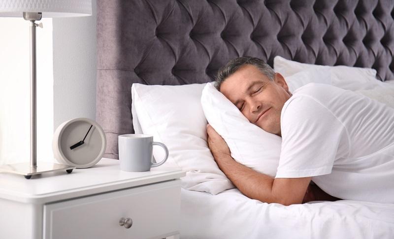 Wer einmal in einem Bett geschlafen hat, das perfekt auf die persönlichen Vorlieben und das Gewicht angepasst wurde, wird das Gefühl eines tiefen, erholsamen Schlafs und damit zusammenhängend die Energie am nächsten Tag nicht mehr missen wollen.