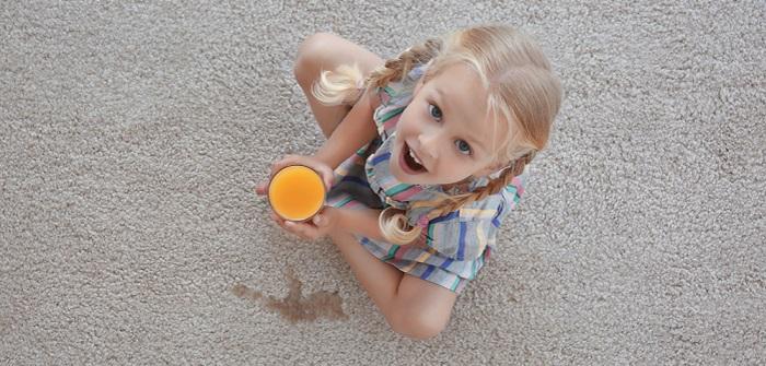 Teppich reinigen: Hausmittel, Ideen & Tipps ( Foto: Shutterstock- Africa Studio)